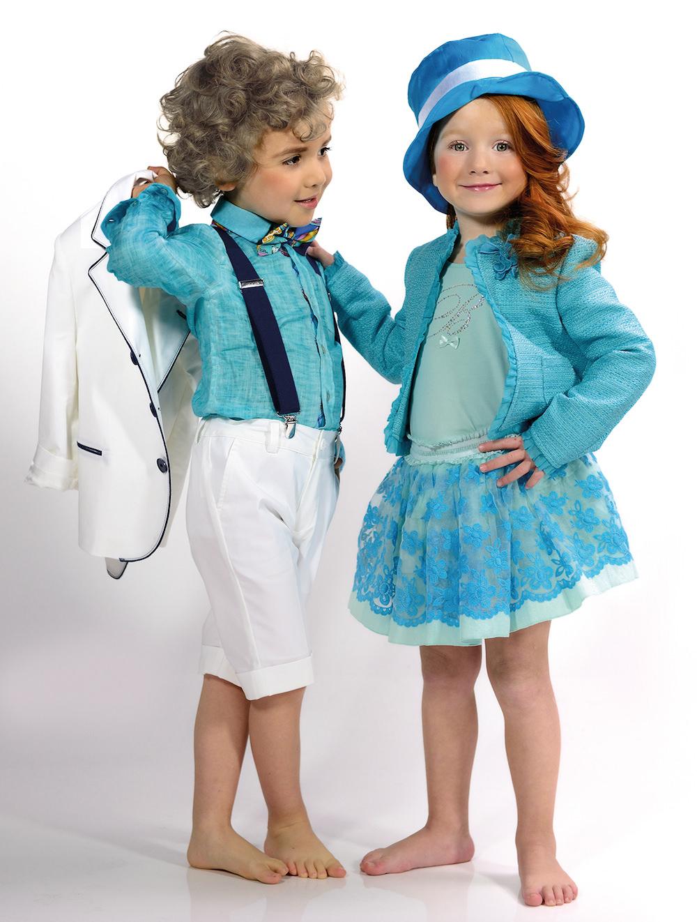 Abbigliamento bambini e ragazzi anni Brums ha una soluzione per tutte le esigenze di abbigliamento di bambine e ragazzi per dare colore ad ogni attimo della giornata. I bambini e i ragazzi dai 3 ai 16 anni hanno bisogno di look per tutte le occasioni.