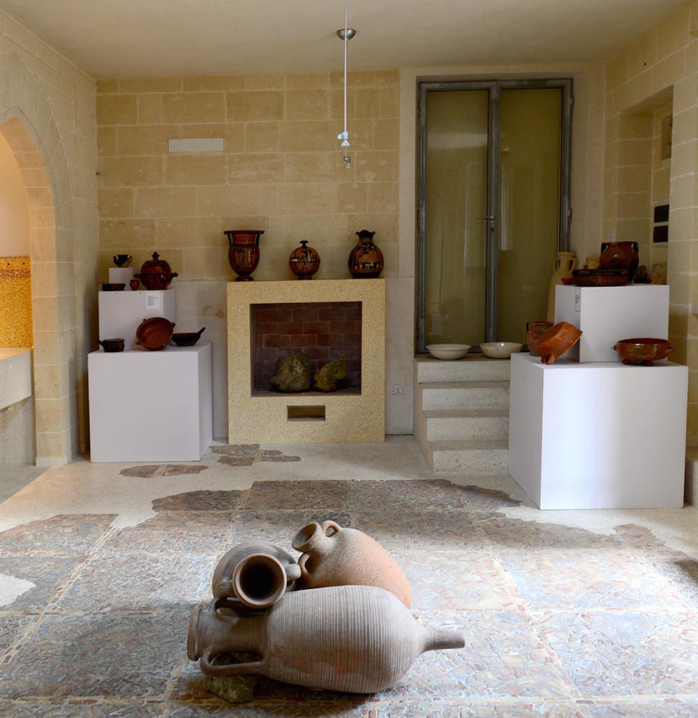 ceramiche-argilla-rossa-manufatti-casa-vestita-grottaglie-rsibilano-14