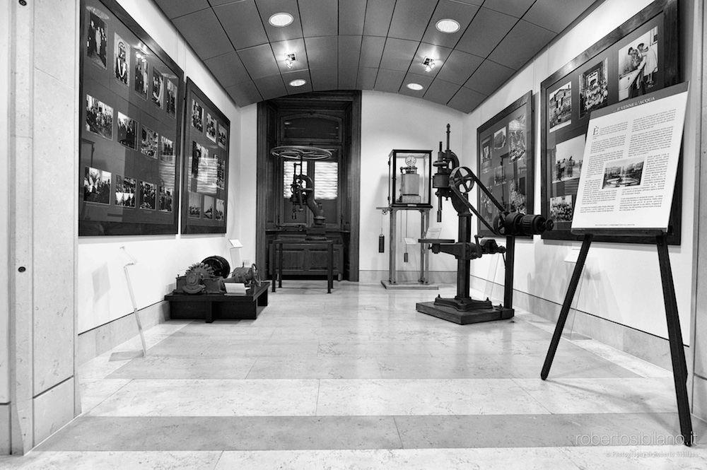 foto-palazzo-acquedotto-pugliese-bari-arredi-decorazioni-rsibilano-21
