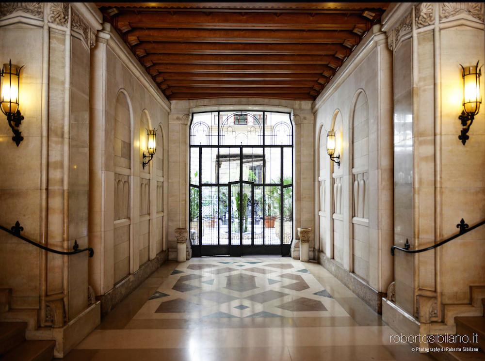 foto-palazzo-acquedotto-pugliese-bari-arredi-decorazioni-rsibilano-26