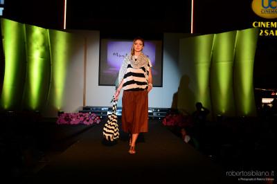 """Foto """"Fashion In Show"""" con Pio e Amedeo e Serena Brancale - Puglia Outlet Village a Molfetta - 9 maggio 2015"""